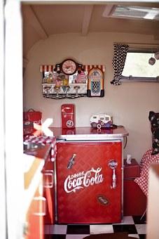 coca cola, rv, réfrigérateur